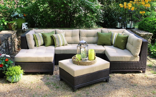 Guide To Deep Seat Patio Cushion Set
